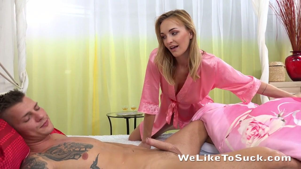 naked woman big boobed