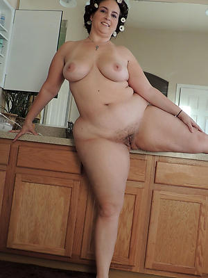 plump mature gallery