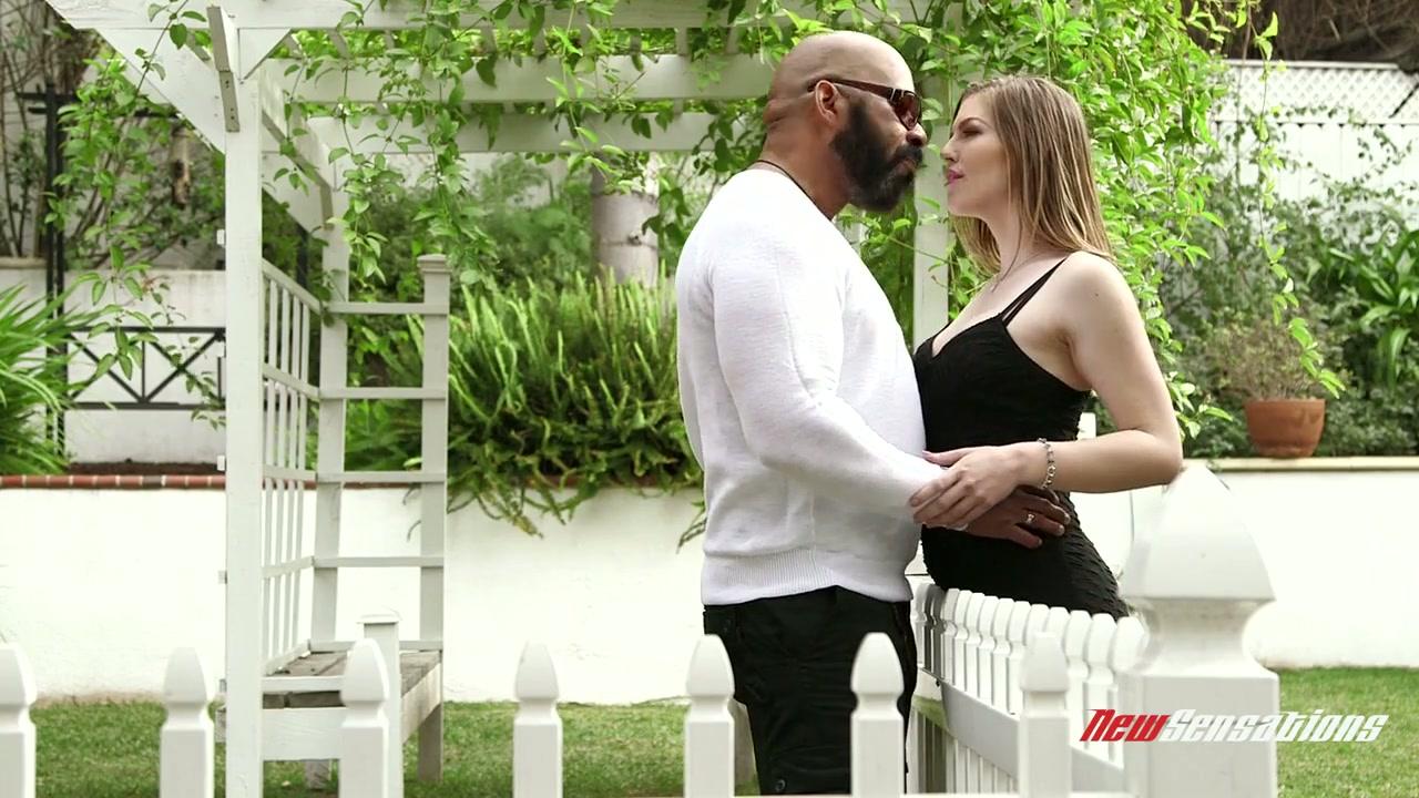 takes cock latina big black