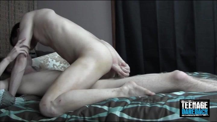 mila kunis boob picture