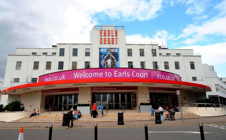 shops earls sex court