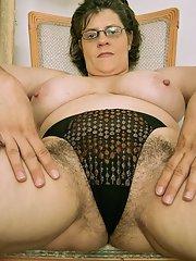 mature pics hairy panty