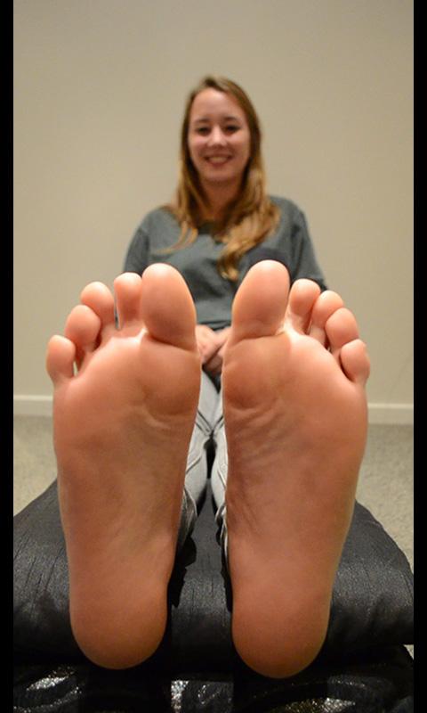 feet girls getting tickled