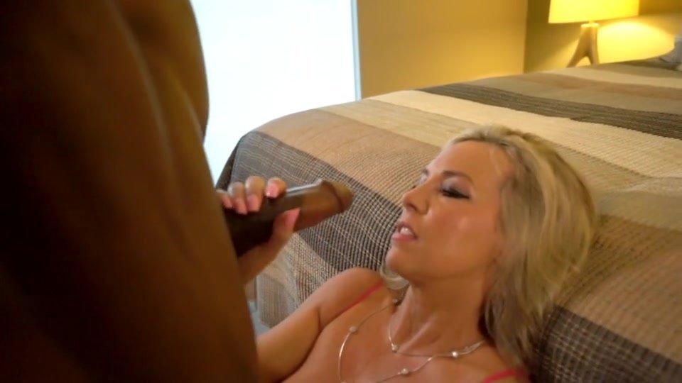 wifeys clips world cumshot