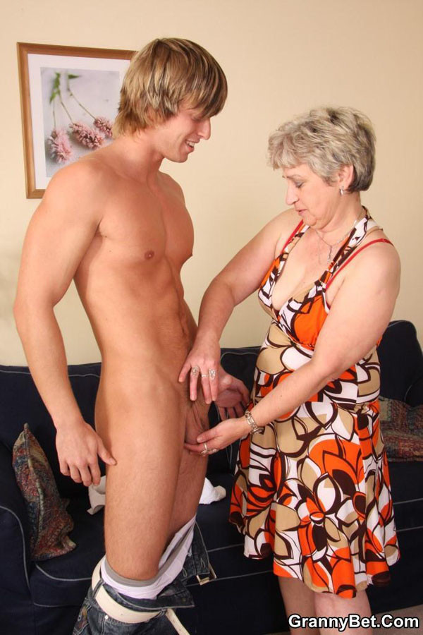 sucking granny cock hot