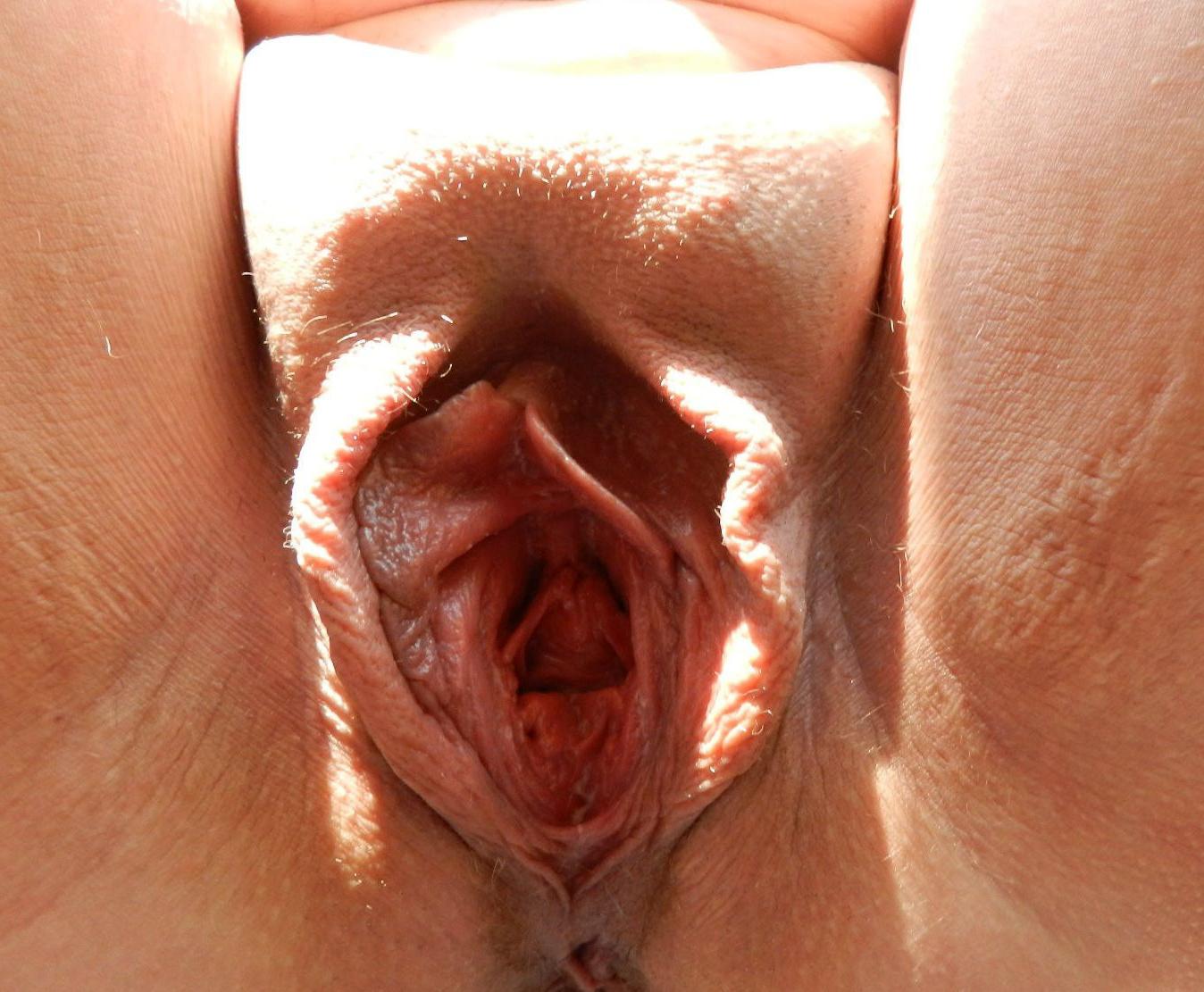 ups pussy pretty close