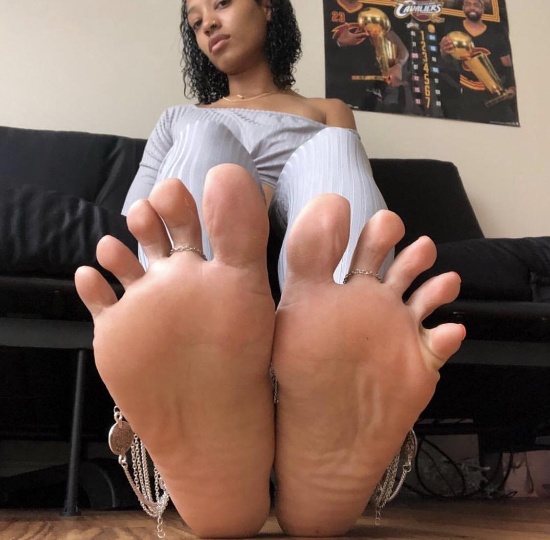 soles black girl