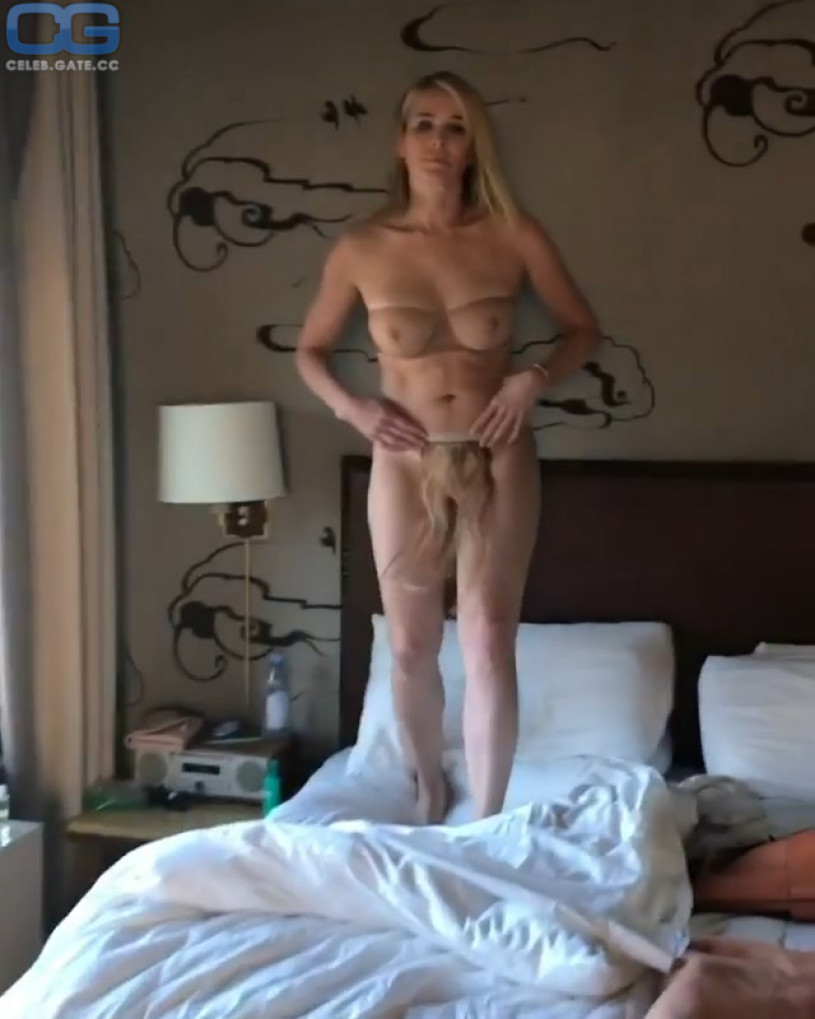 playboy handler chelsea naked
