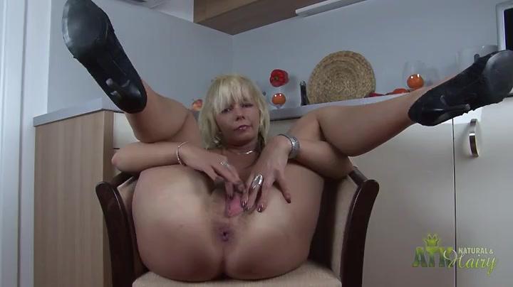 chanel star milf porn