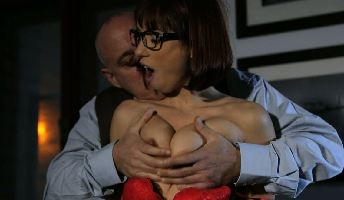 show boob offs