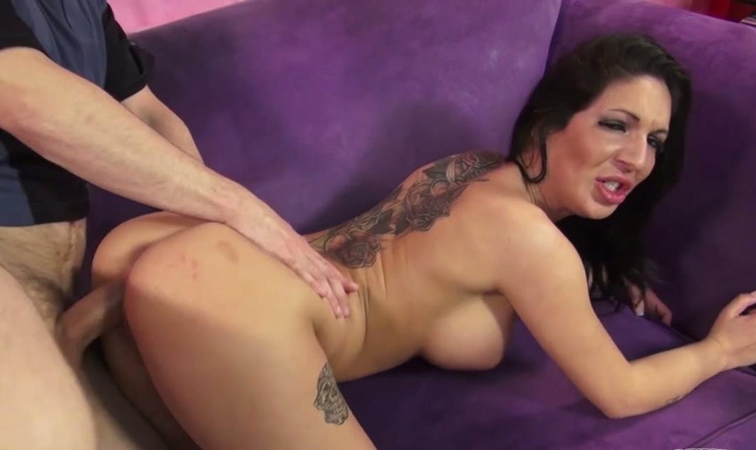 peeing naked girls gifs