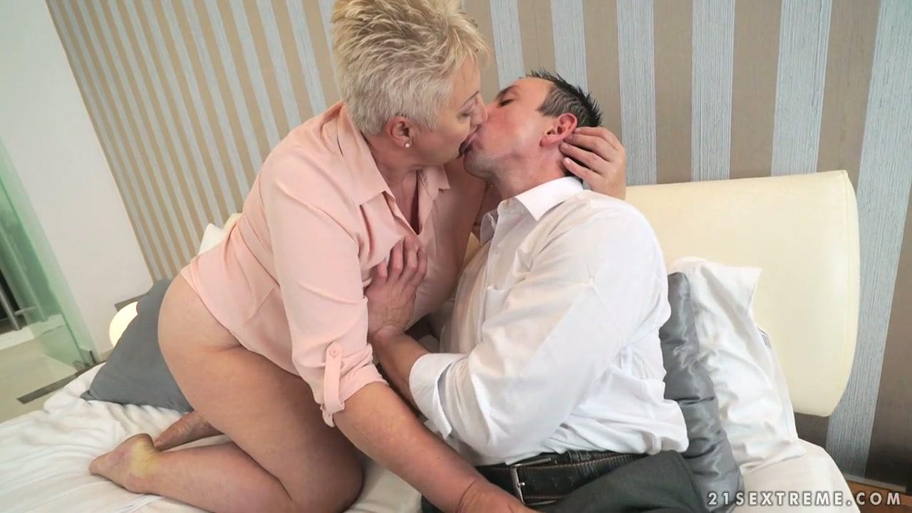 revealling spanking fetish