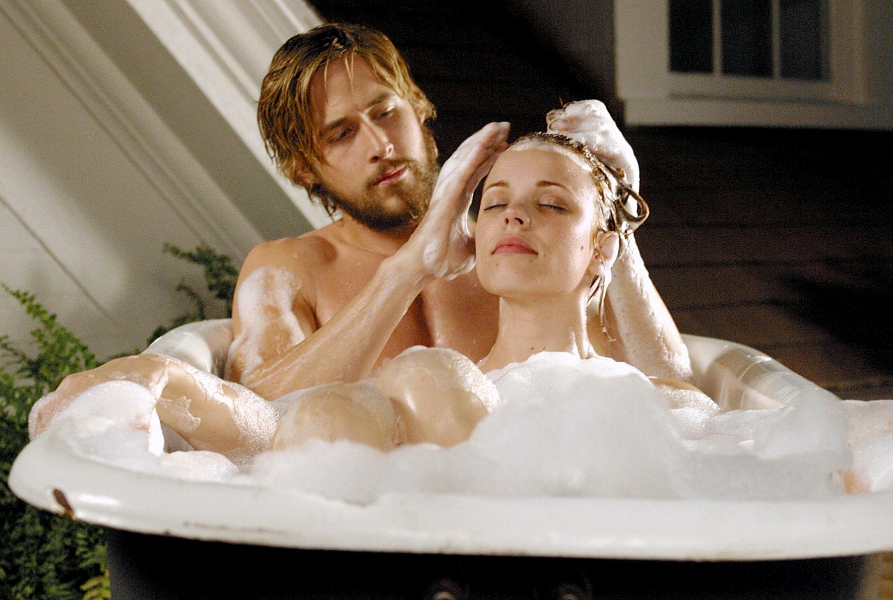 hot women tub in orgasm