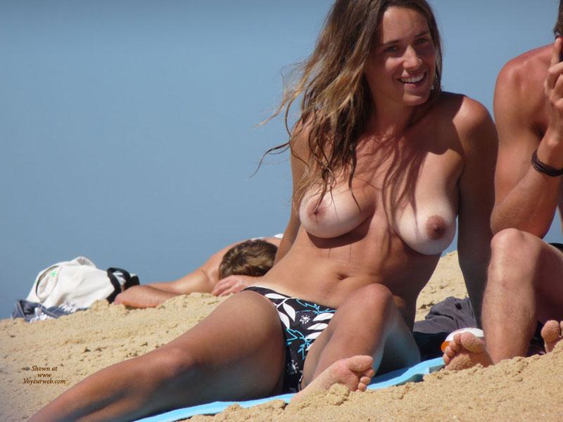 amateur beach topless