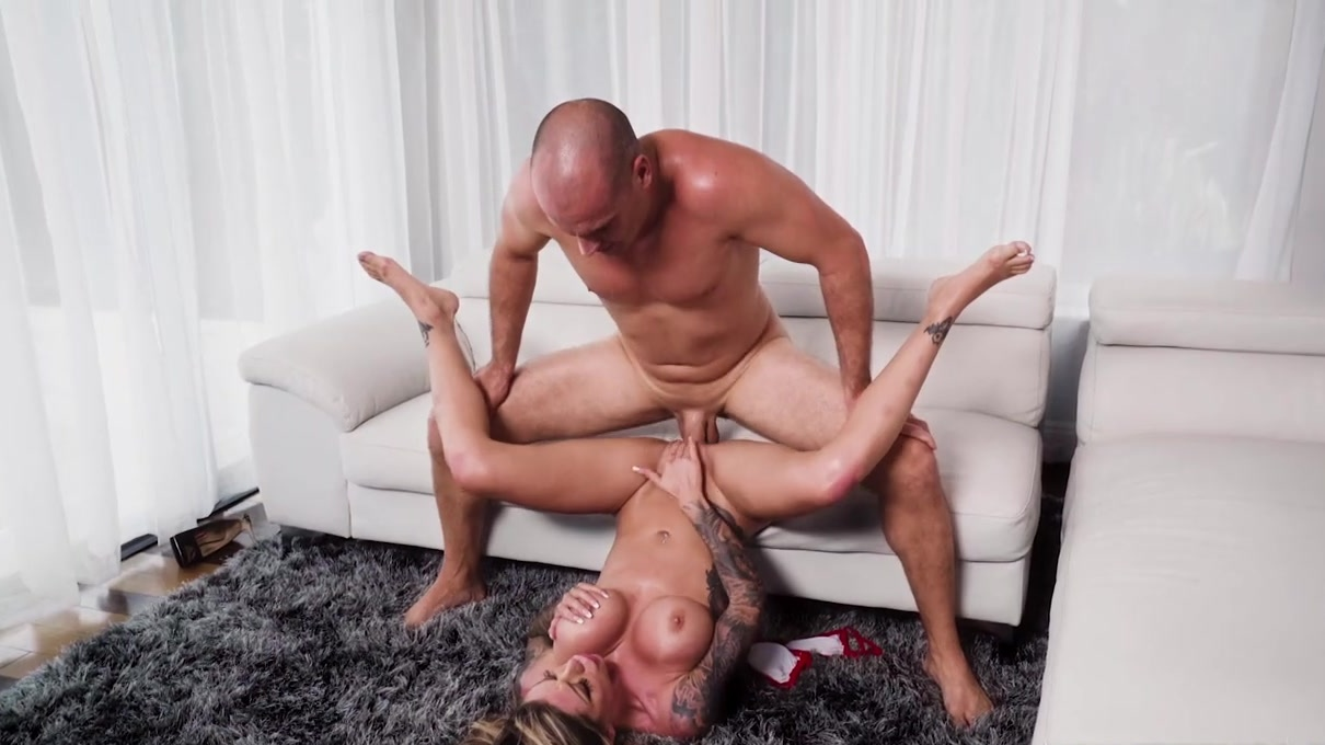 playing sex role vids