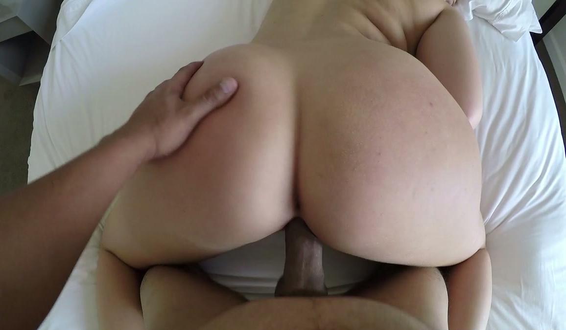 kloe ass kardashian big