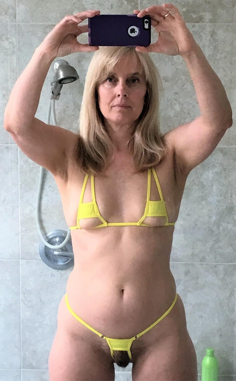 women curvy pics naked