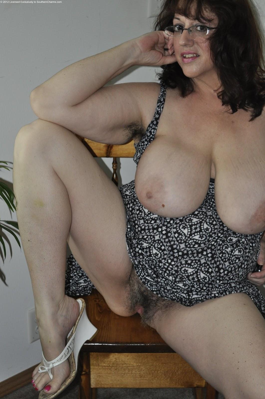 mature hairy big tit