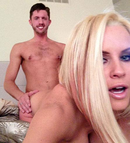 jenny mccarthy celebrity nude gallery